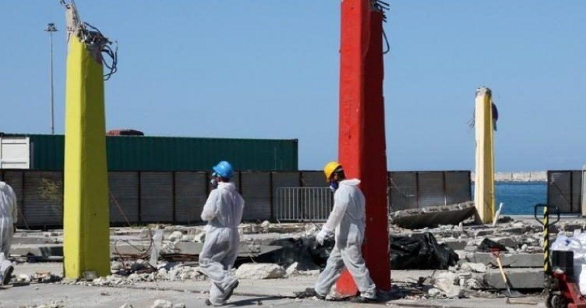 Πάτρα: Σε εξέλιξη η απομάκρυνση του αμίαντου από το λιμάνι – Τον στέλνουν στη Γερμανία – Πότε ολοκληρώνεται η διαδικασία – ΔΕΙΤΕ ΦΩΤΟ