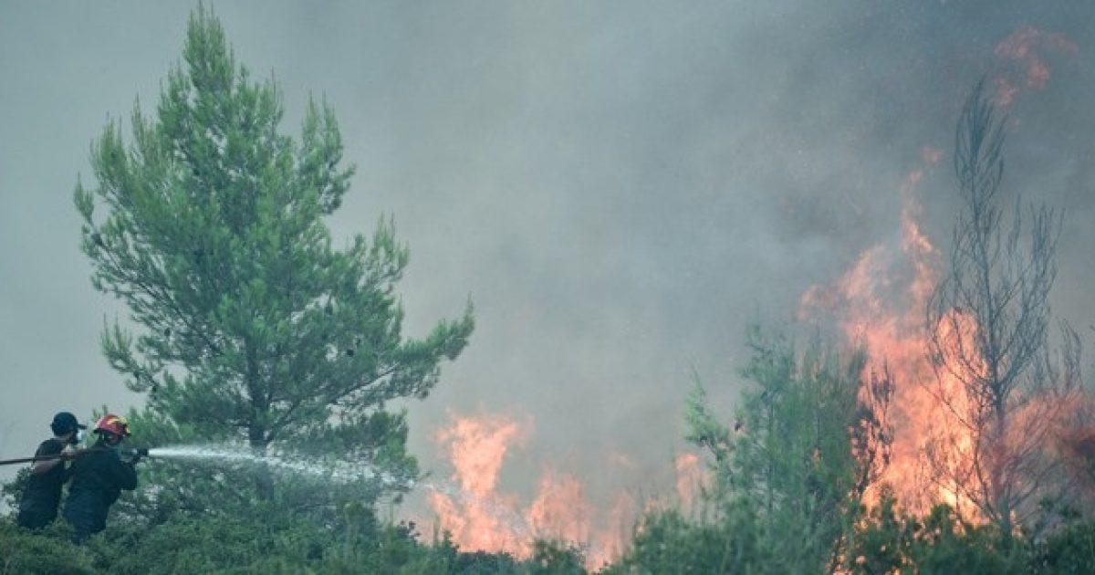 Υψηλός ο κίνδυνος πυρκαγιάς σήμερα σε αρκετές περιοχές