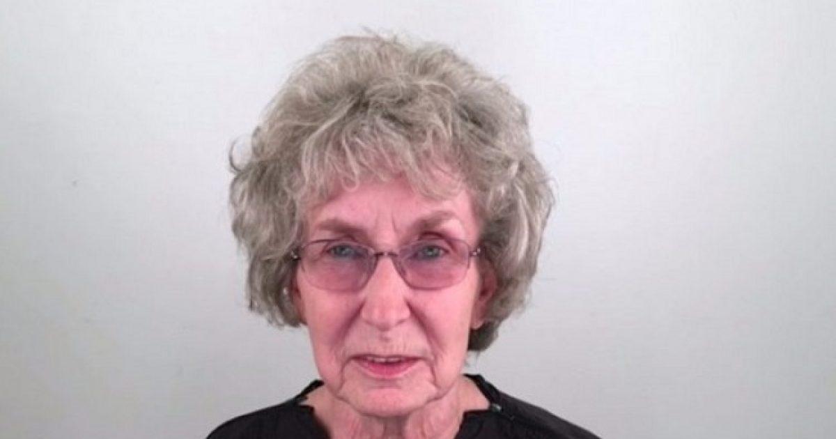 2 Μήνες μετά το θάνατο του συζύγου της αυτή η 76χρονη αλλάζει εντελώς την εμφάνισή της για να κάνει μια νέα αρχή.