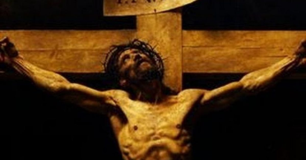 Κοίταξε στον τοίχο τον Εσταυρωμένο και άκουσε αναφιλητά από τον Σταυρό.