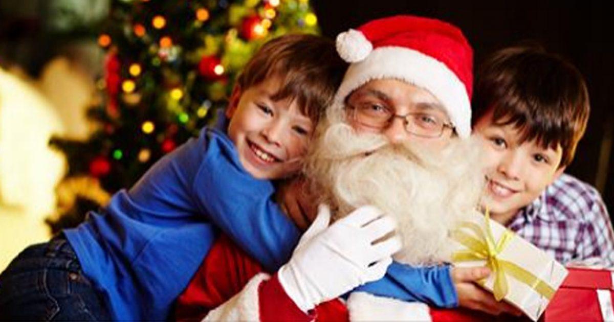 Πότε είναι η σωστή στιγμή να πείτε στο παιδί σας την αλήθεια για τον Άγιο Βασίλη;