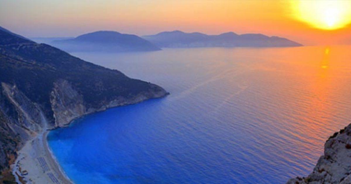 Τα ομορφότερα ηλιοβασιλέματα στην Ελλάδα! Όταν ο ουρανός πλημμυρίζει με χρώματα!