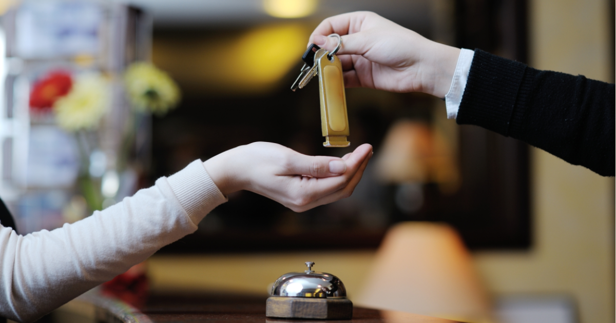 3 Συνηθισμένες ξενοδοχειακές απάτες που πρέπει να ξέρετε.