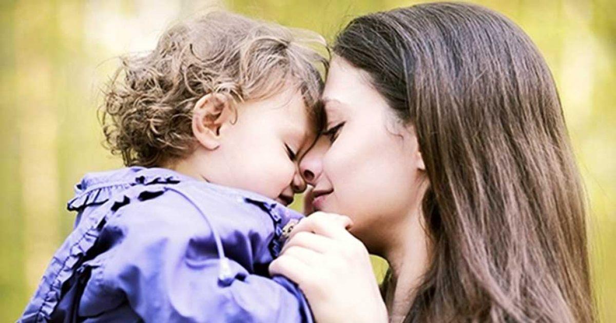 «Με πέταξαν έγκυο στο δρόμο αλλά έφτιαξα μια οικογένεια γεμάτη αγάπη»