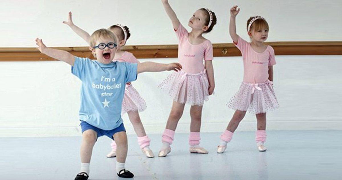 Ο χορός έκανε  3χρονο αγοράκι με σύνδρομο Ντάουν να νικήσει το κινητικό του πρόβλημα!