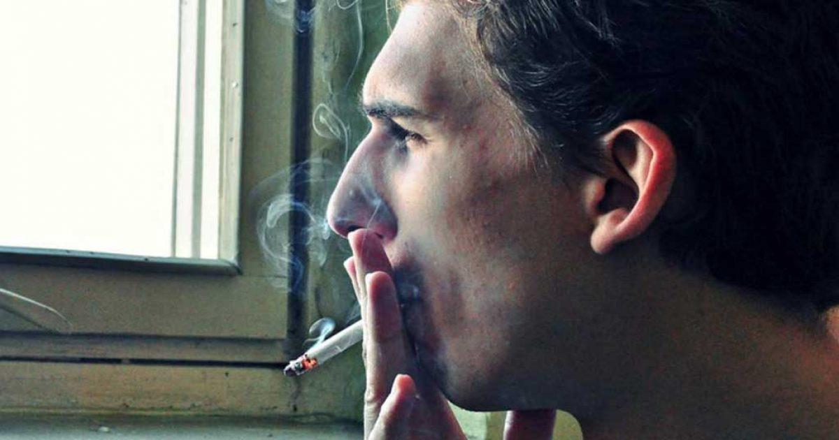 Τι έγινε όταν ζήτησα από Έλληνες καπνιστές να σβήσουν το τσιγάρο τους σε κλειστούς χώρους
