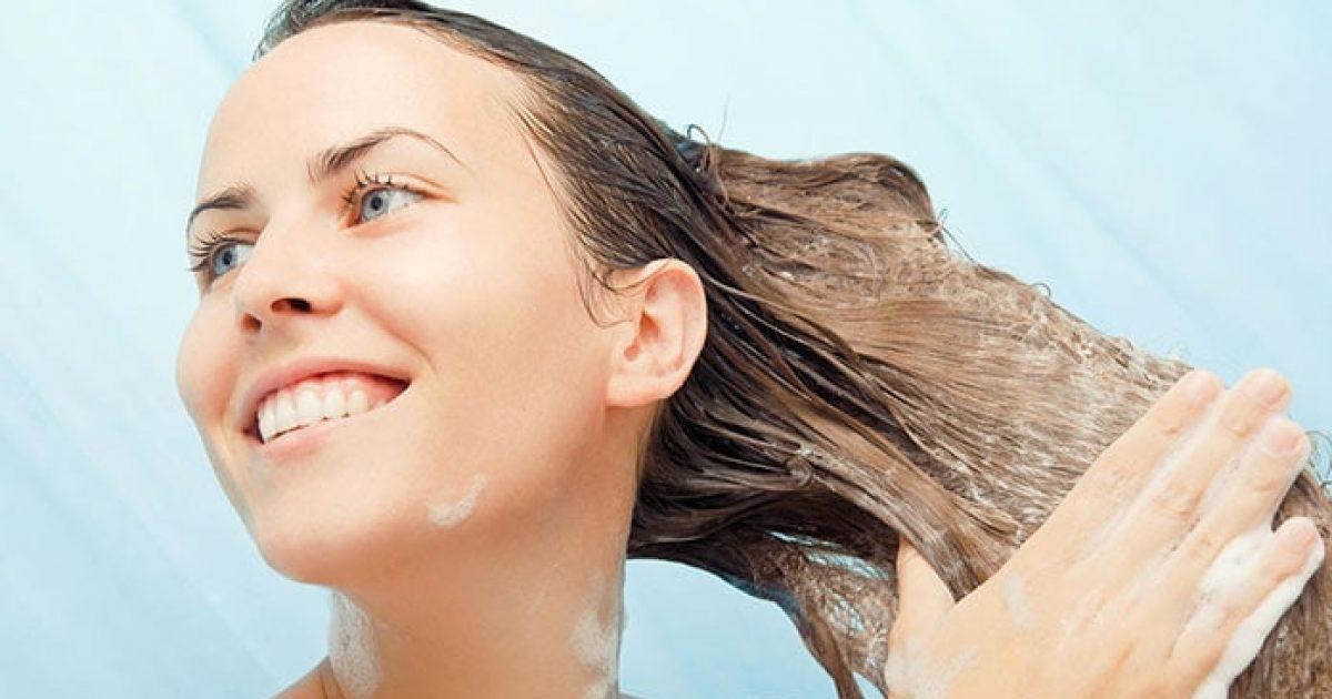 Σημαντικά tips για σωστό λούσιμο μαλλιών που χαρίζει λάμψη και διάρκεια