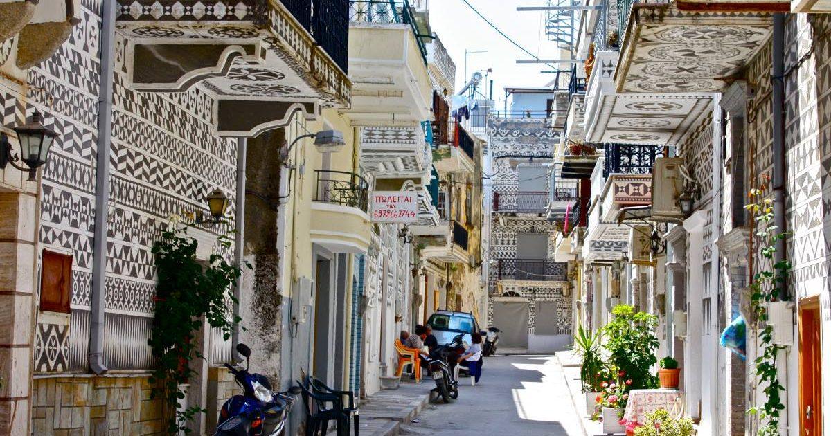 Αυτό το ελληνικό χωριό μοιάζει με περίτεχνο κέντημα