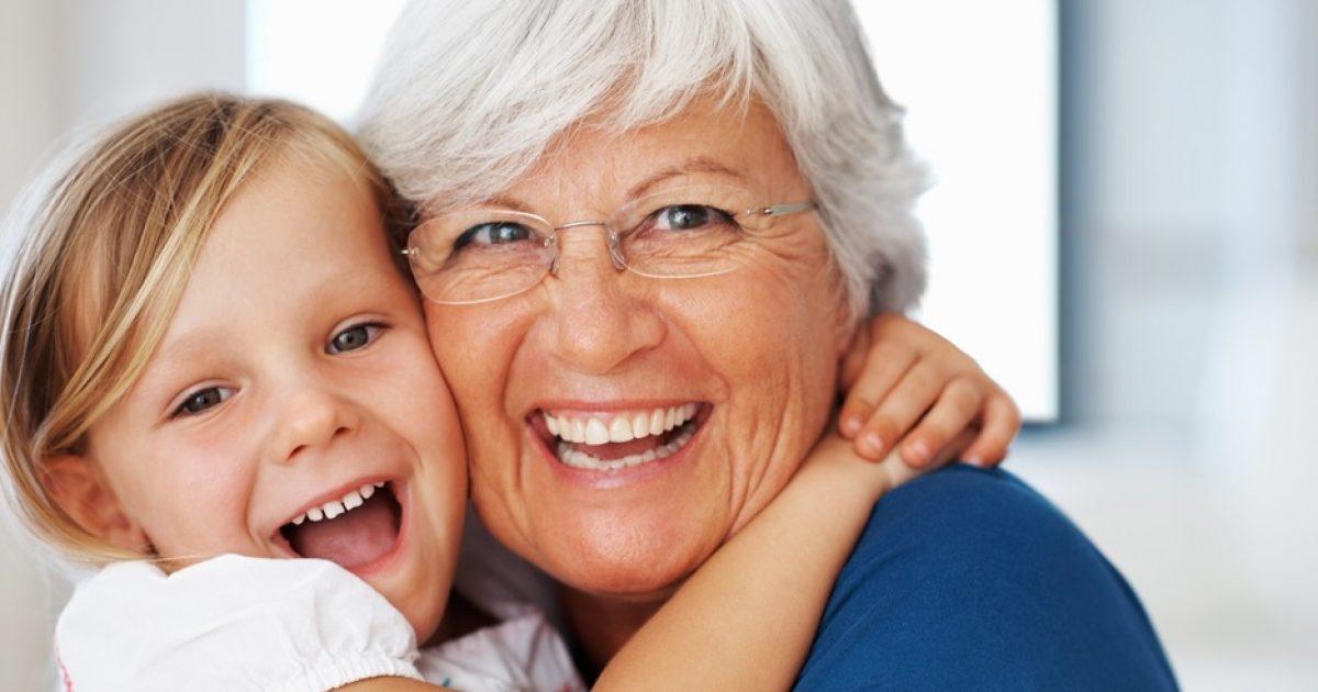 Μεγαλώνω μόνη μου το παιδί του γαμπρού μου και από γιαγιά έγινα μαμά