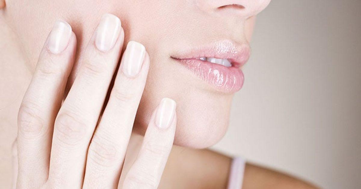 Όμορφα μακριά νύχια: Φυσικοί τρόποι για να μεγαλώσουν πιο γρήγορα