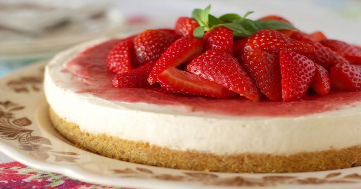 Φτιάξτε πεντανόστιμο cheesecake χωρίς ψήσιμο, με ελάχιστες θερμίδες