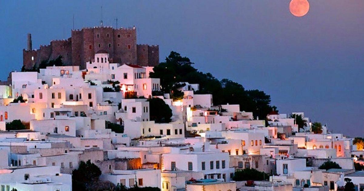 Η Ιερουσαλήμ της Ελλάδας: Το νησί με μια από τις ωραιότερες Χώρες του Αιγαίου