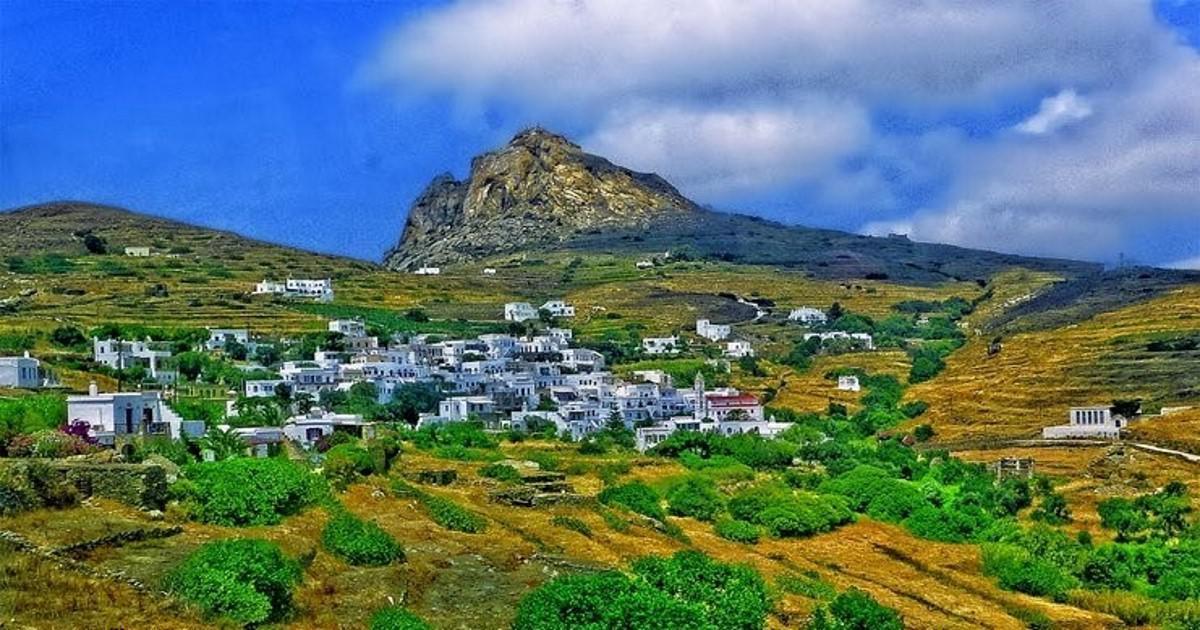 Το ελληνικό χωριό που που μοιάζει με λαβύρινθο και δεν έχει πλατεία
