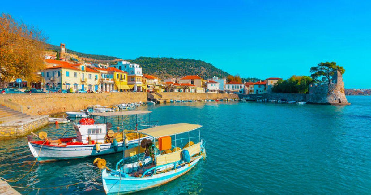 Ναύπακτος: Νησί και κάστρο μαζί, περαντζάδα στο παλιό λιμάνι
