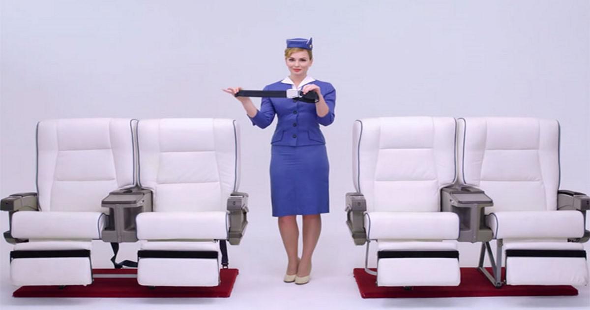 Πως έχουν εξελιχθεί οι στολές των αεροσυνοδών τα τελευταία 100 χρόνια
