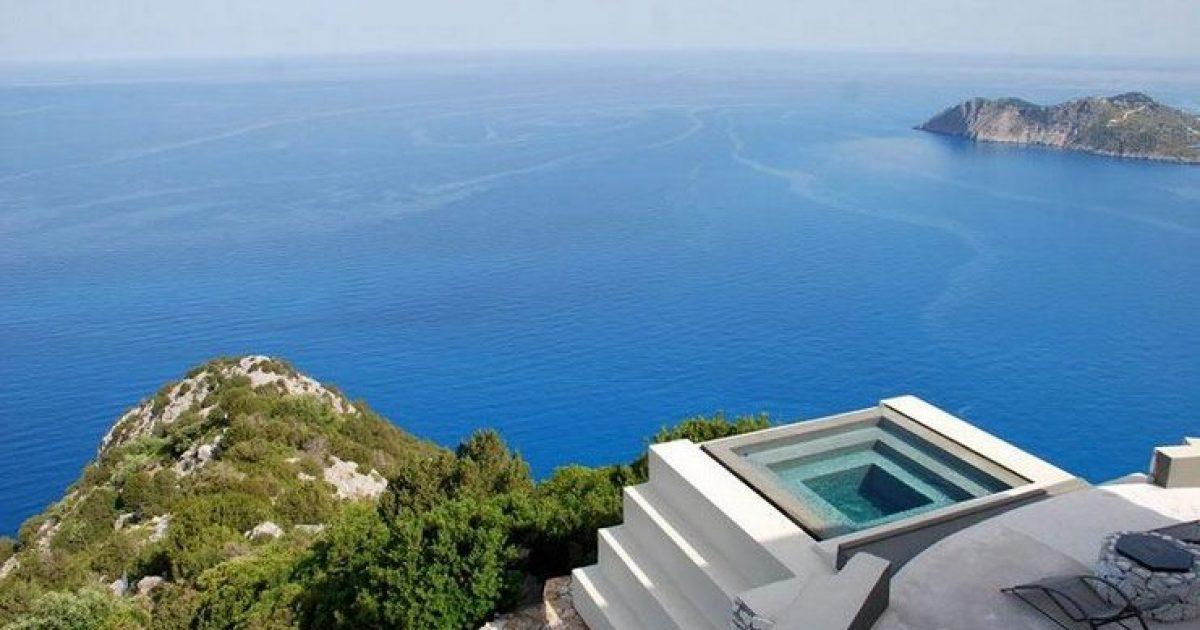 Μαγευτική θέα, ένα από τα ωραιότερα σπίτια της Ελλάδας