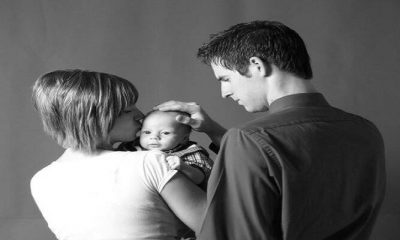 mom-and-dad-with-baby
